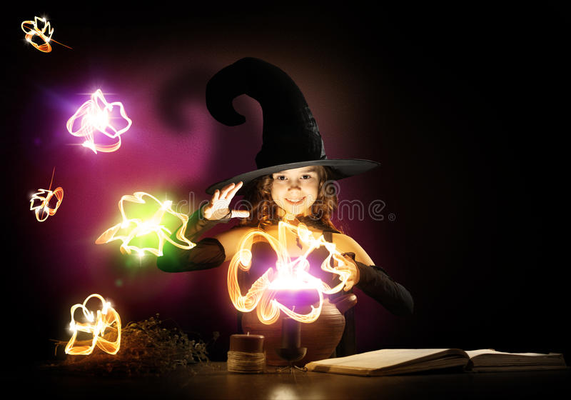 маленькая ведьма стоковые изображения rf