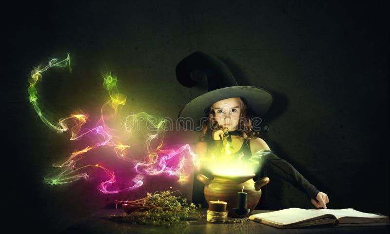 маленькая ведьма стоковые фото