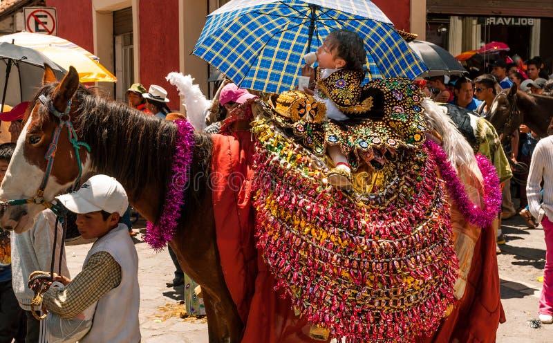 Маленькая девочка в параде стоковая фотография