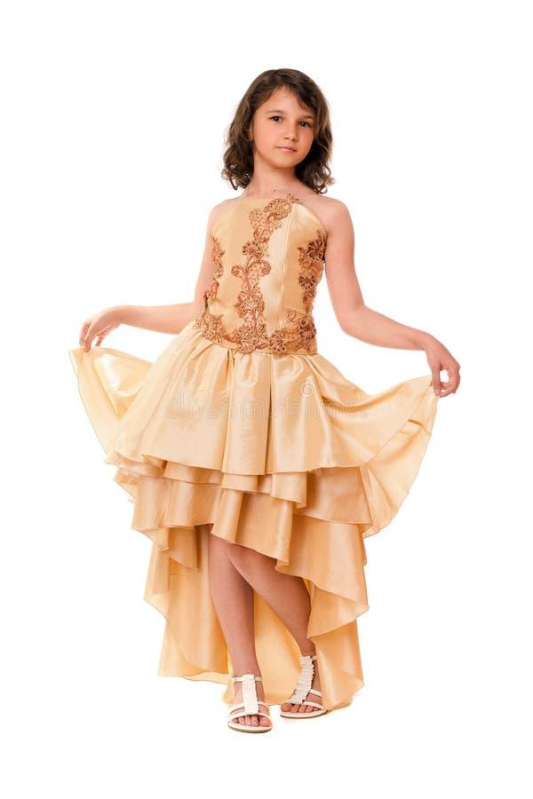 Download Маленькая девочка в шикарном платье вечера Стоковое Изображение - изображение насчитывающей малыш, изолировано: 33739133