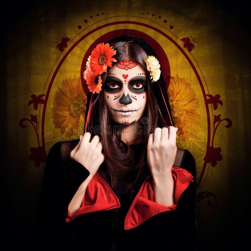 Маленькая девочка с составом хеллоуина стоковая фотография rf