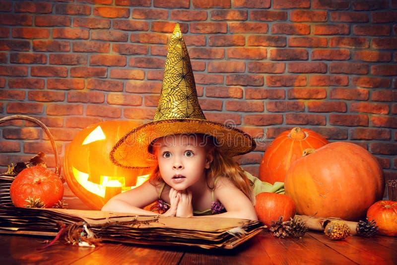 Маленькая дочь стоковое изображение