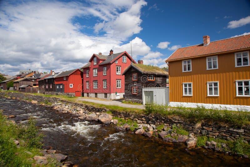 Маленький город Roros в Норвегии стоковое фото rf