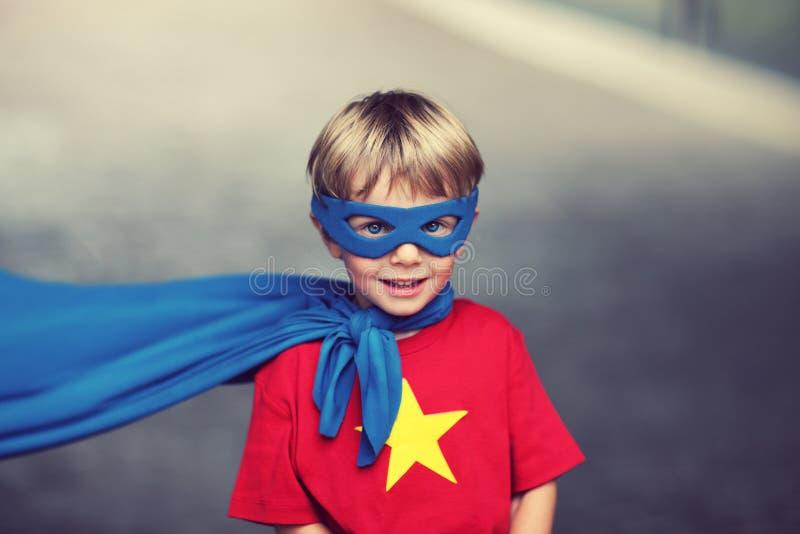 Маленький супергерой стоковая фотография rf