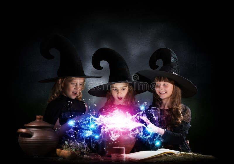 3 маленьких ведьмы стоковая фотография rf