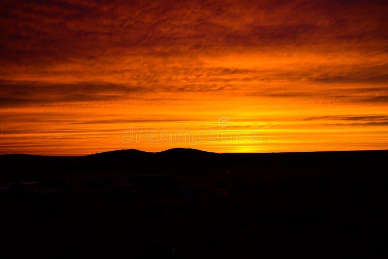 Малиновый заход солнца стоковое изображение rf
