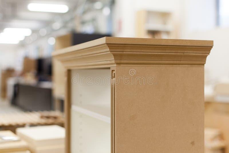 Малое деревянное собрание шкафа стоковое изображение