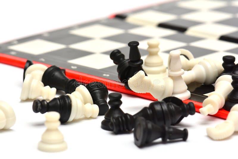 Малые портативные шахматы перемещения стоковые фотографии rf