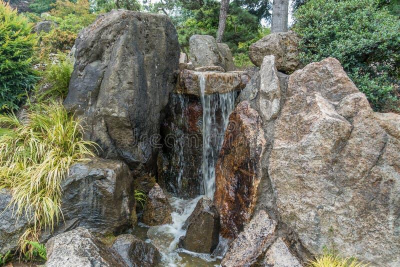 Малый водопад 4 стоковое изображение