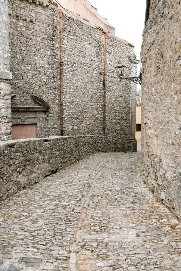 Малый проход в Erice, Сицилии стоковое фото