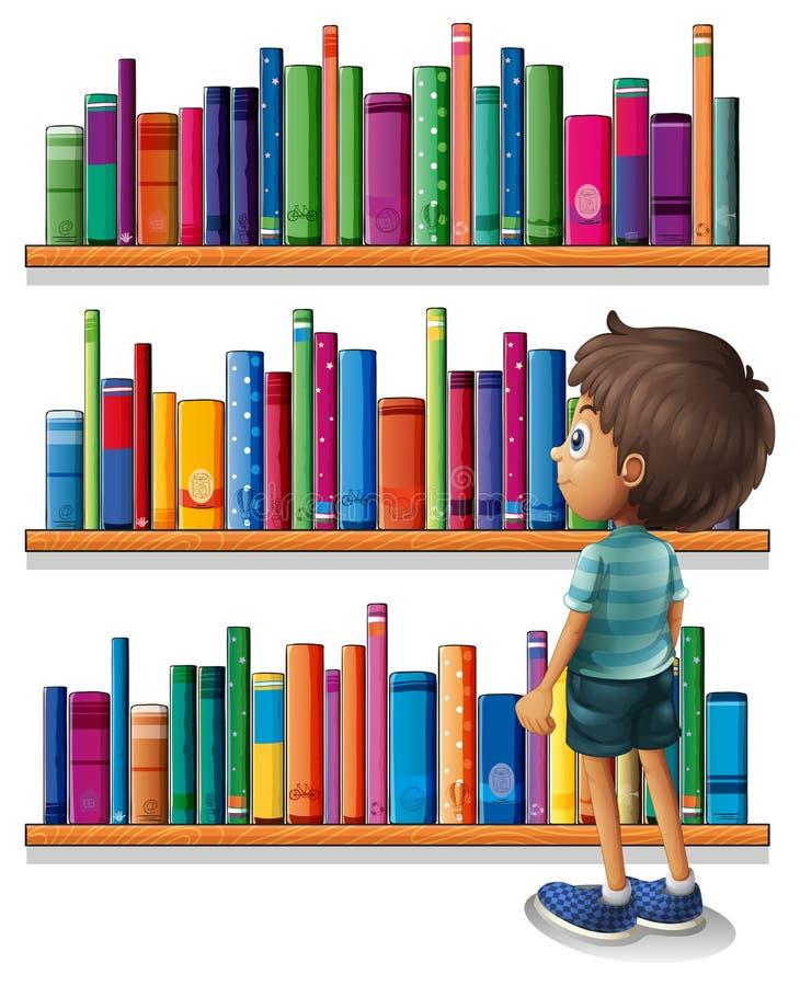 Мальчик в библиотеке перед книжными полками иллюстрация вектора