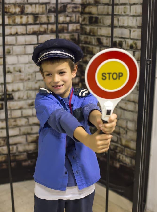 Мальчик полицейския стоковое фото