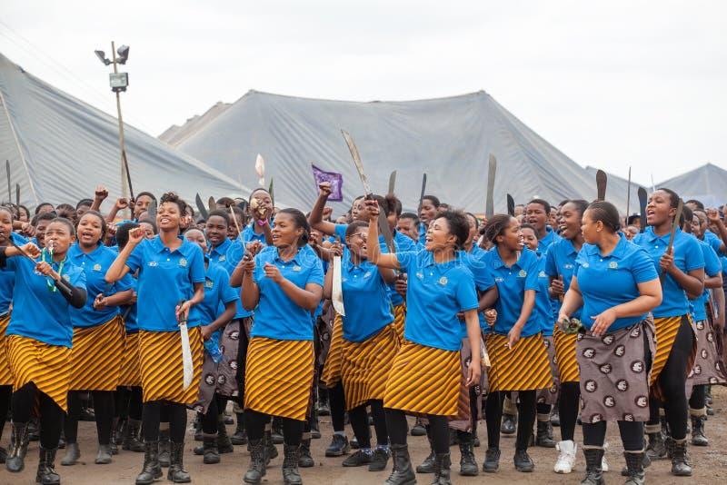 Мбабане, Свазиленд, церемония танца Umhlanga Reed, ежегодный традиционный национальный обряд, одно из торжества 8 дней стоковые изображения