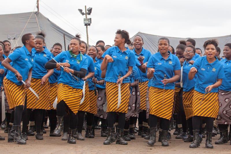 Мбабане, Свазиленд, церемония танца Umhlanga Reed, ежегодный традиционный национальный обряд, одно из торжества 8 дней стоковое фото rf