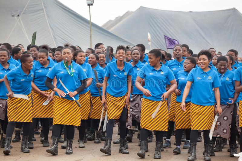 Мбабане, Свазиленд, церемония танца Umhlanga Reed, ежегодный традиционный национальный обряд, одно из торжества 8 дней стоковые изображения rf