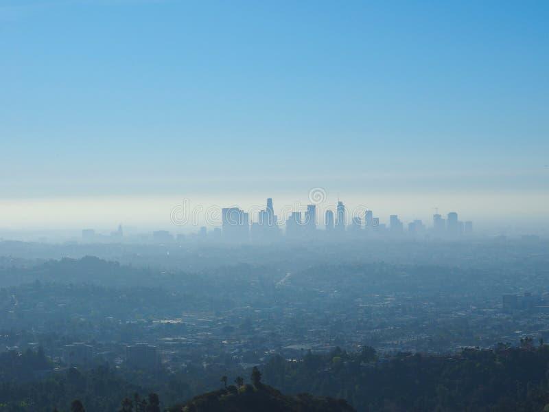 Мглистый апоралипсический горизонт Лос-Анджелеса стоковое изображение rf