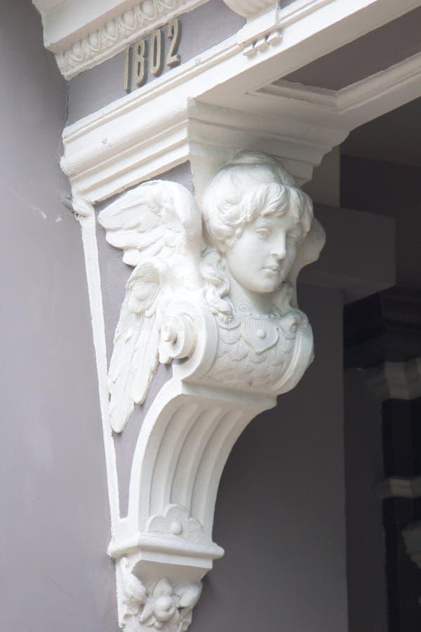 медальоны на зданиях для украшения, masverk стоковое фото rf