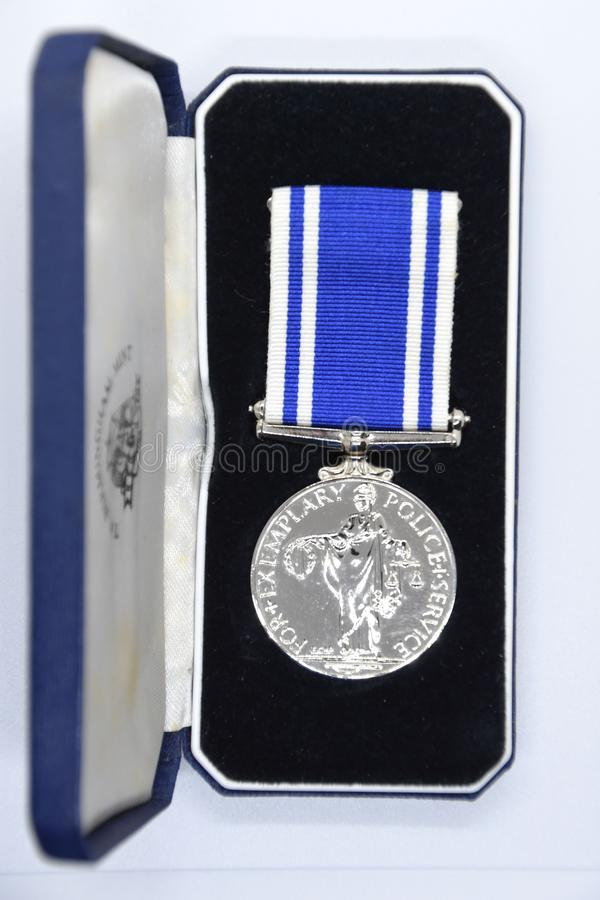 Медаль обслуживания полиции длинные и коробка представления стоковая фотография rf