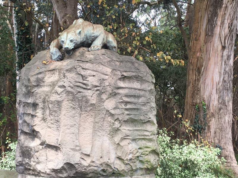 Медведь ` s Сан-Франциско первоначально каменный серый, 2 стоковые изображения