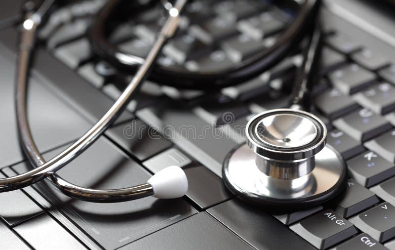медицинские он-лайн поставкы стоковое фото