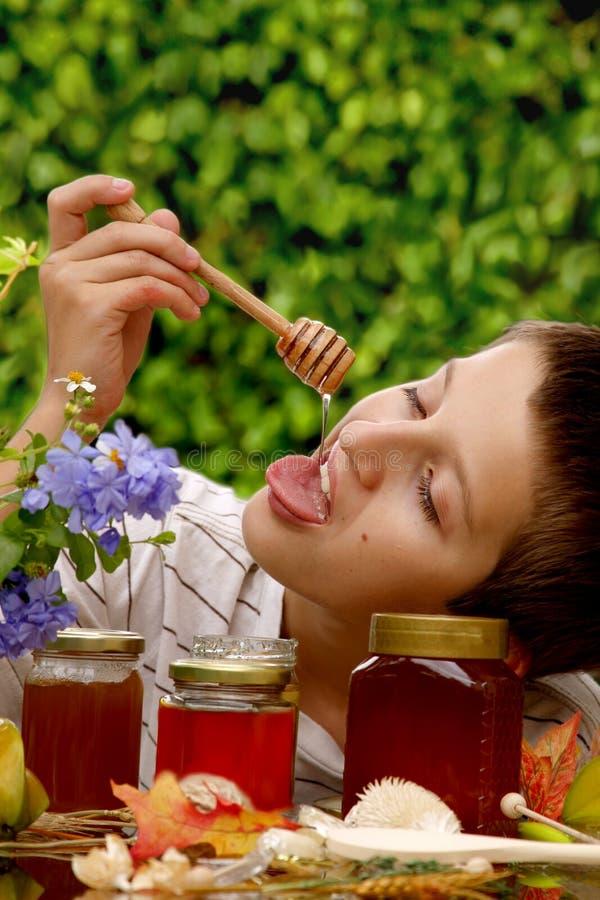 мед мальчика стоковое фото