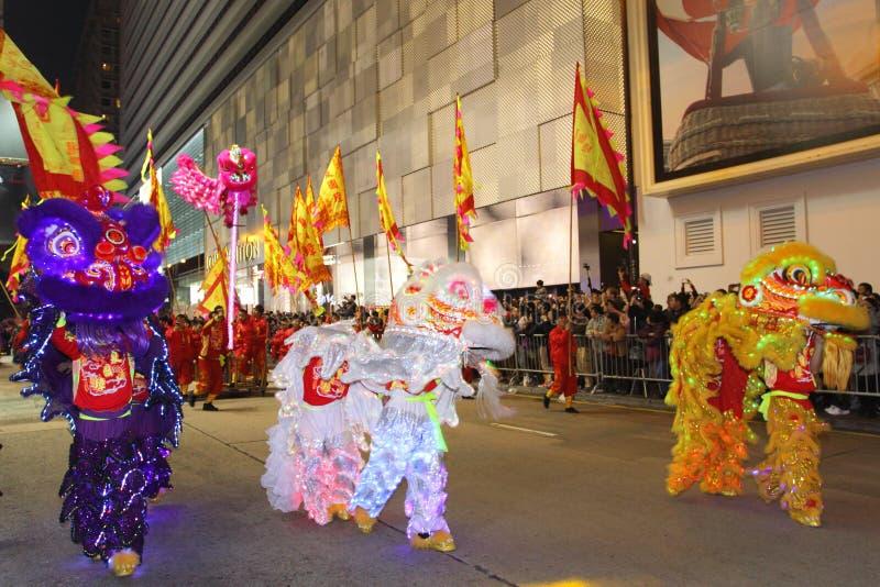 Международный китайский парад 2013 ночи Новый Год стоковые изображения