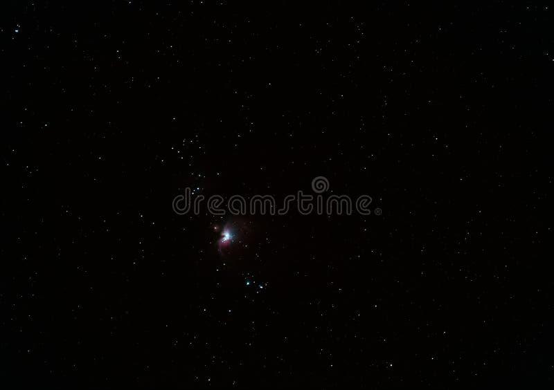 Межзвёздное облако m42 в созвездии Орионе среди ярких звезд стоковые изображения rf