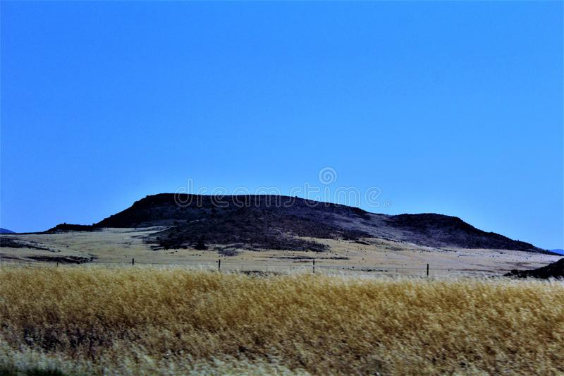 Меза пейзажа ландшафта к Sedona, Maricopa County, Аризоне, Соединенным Штатам стоковые фото