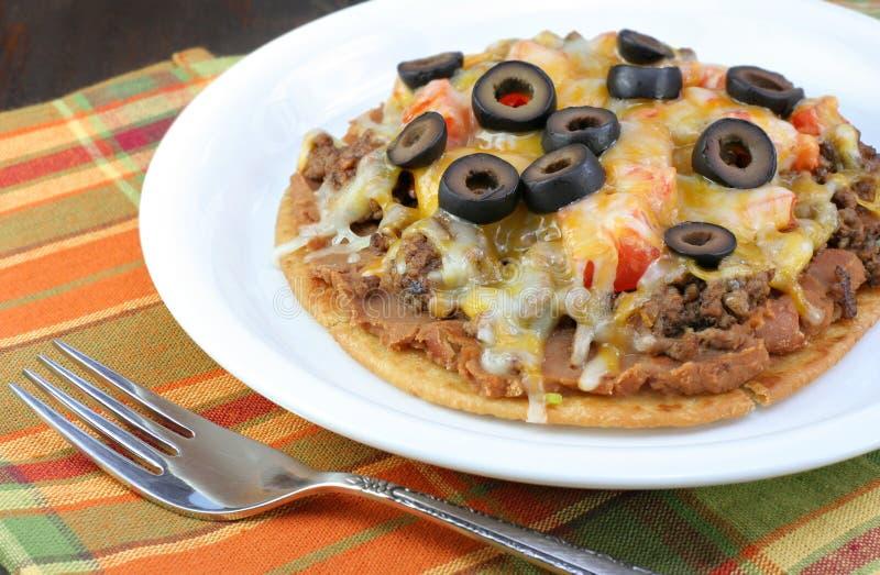 мексиканская пицца стоковые фото