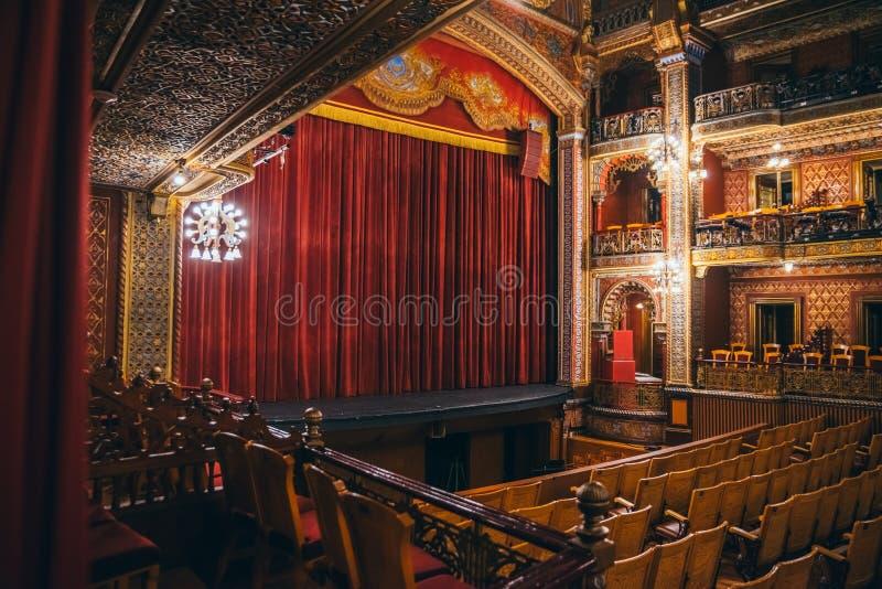 МЕКСИКА - 24-ОЕ СЕНТЯБРЯ: Главным образом комната и этап на театре Juarez, Se стоковое изображение rf