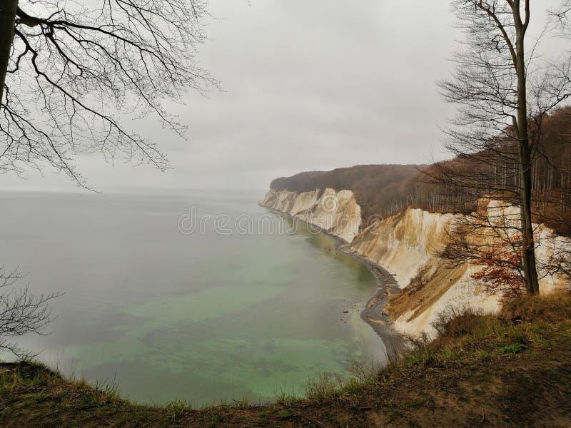 Мел-побережье немецкого gen ¼ острова RÃ стоковые изображения