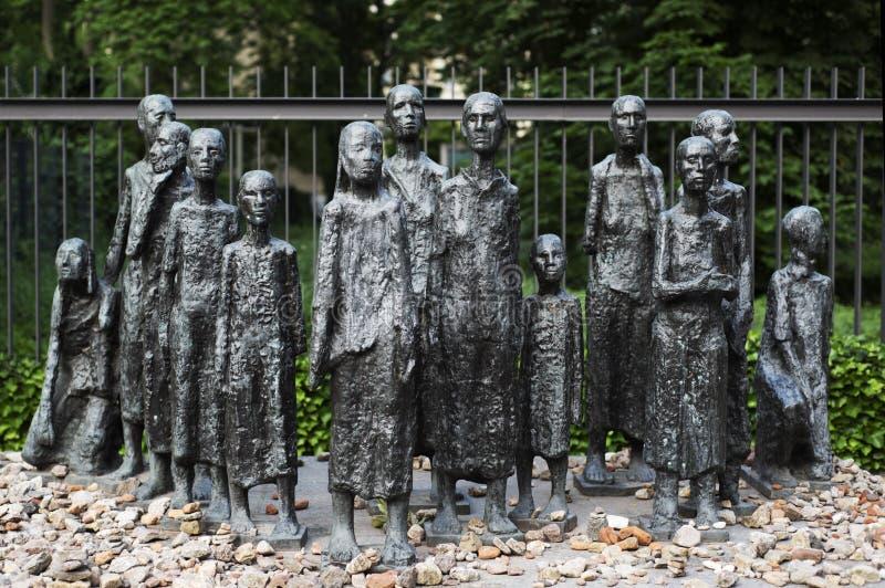 Мемориальное еврейское кладбище в Берлине, Германии стоковая фотография rf