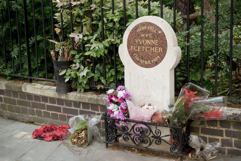 Мемориал к WPC Yvonne Fletcher, Лондону, Великобритании стоковые фотографии rf