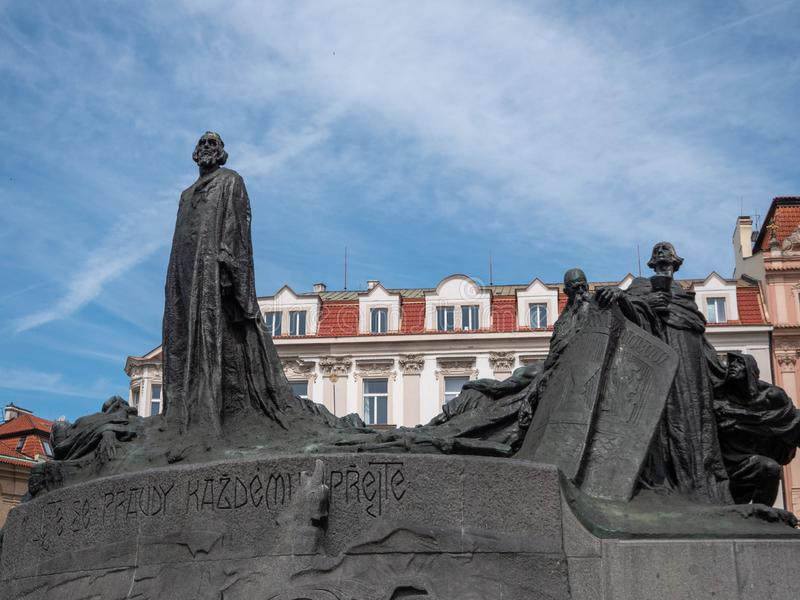 Мемориал января Hus на старой городской площади, Праге стоковые фотографии rf