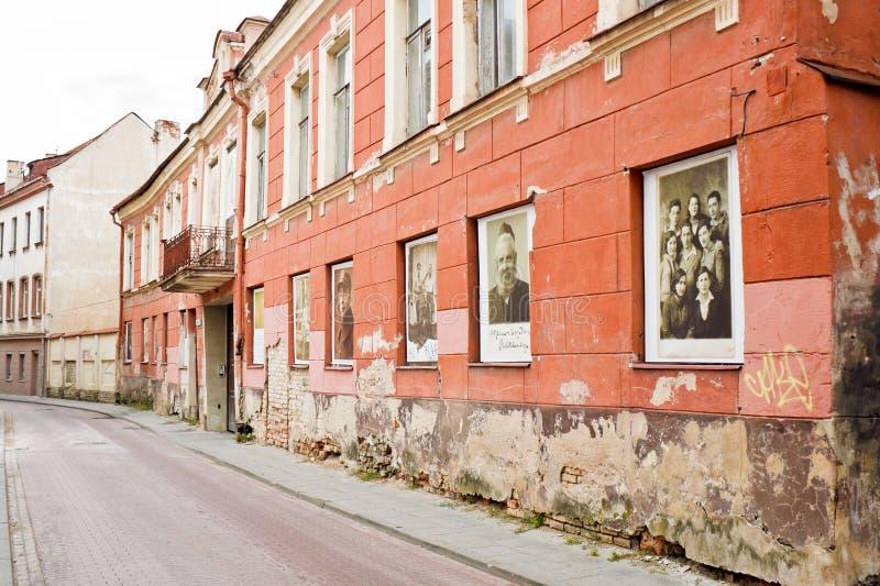 Мемориал гетто Вильнюса Изображения еврейств Вильнюса показанных в w стоковые изображения