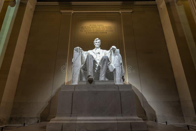 Мемориал Линкольна на ноче стоковое изображение