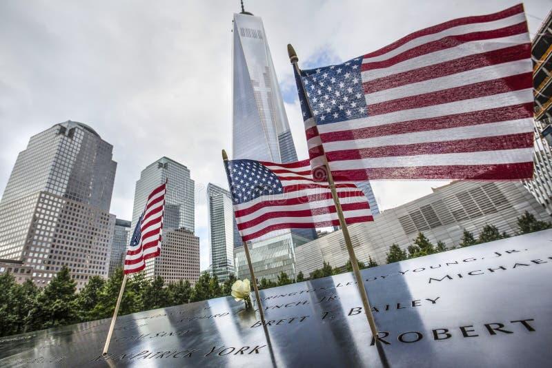Мемориал на эпицентре всемирного торгового центра стоковые изображения