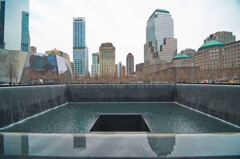 9/11 мемориалов на эпицентре всемирного торгового центра стоковая фотография