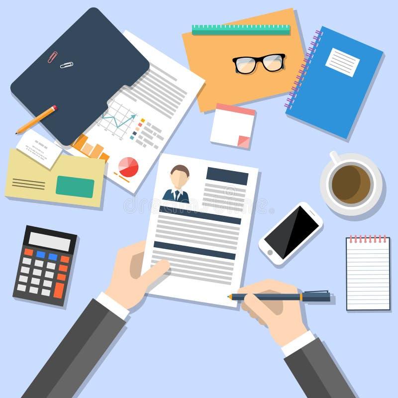 Менеджер HR работая с концепцией CV иллюстрация вектора