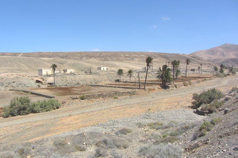 Меньшая деревня в пустыне стоковые фото