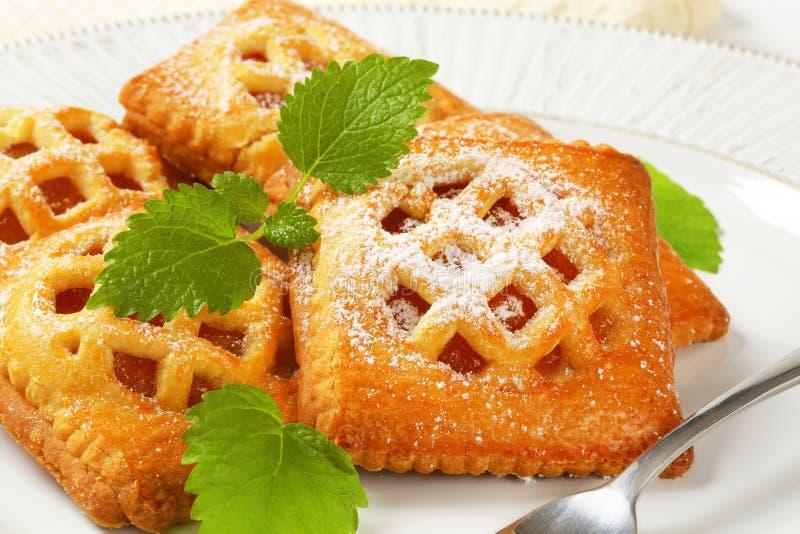 Меньшие пироги абрикоса стоковые фотографии rf