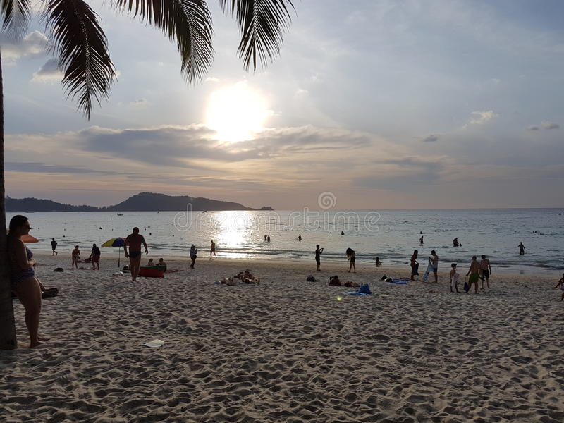 Меньший пляж Kamala захода солнца стоковые фото