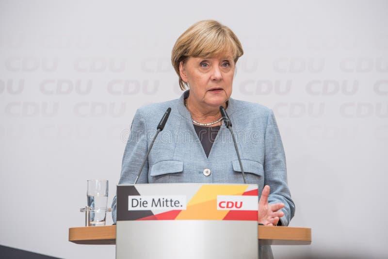 Меркель говоря на день после национальных выборов, 25th Septem стоковое изображение
