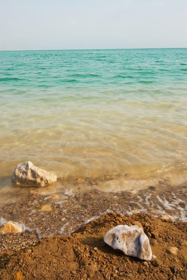 Download мертвое море стоковое фото. изображение насчитывающей минералы - 6869400