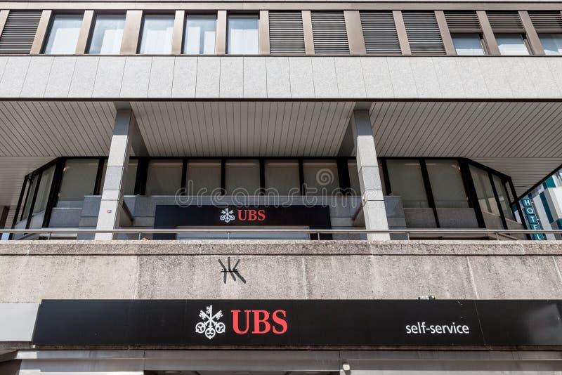 Местная ветвь банка Switerland соединения UBS в Женеве UBS один из главных банков страны, известных для своей засекреченности бан стоковые изображения rf