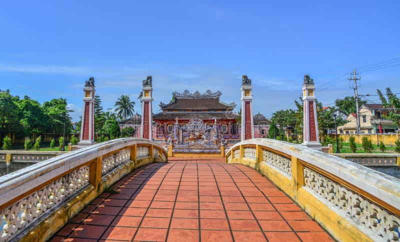 Местный висок в Hoi старый городок стоковое фото rf