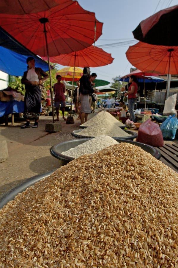 Местный рынок Luang Prabang стоковые изображения