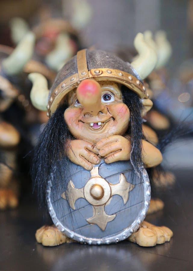 Местный тролль сувенира на дисплее в Reykjavik стоковое изображение