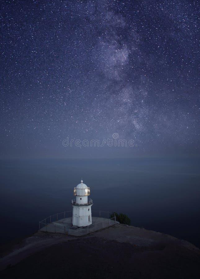 место ночи лунного света маяка стоковое изображение