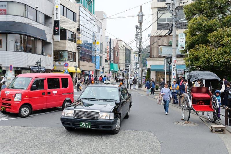 Место ожидания такси и рикши около станции Камакуры стоковые изображения rf
